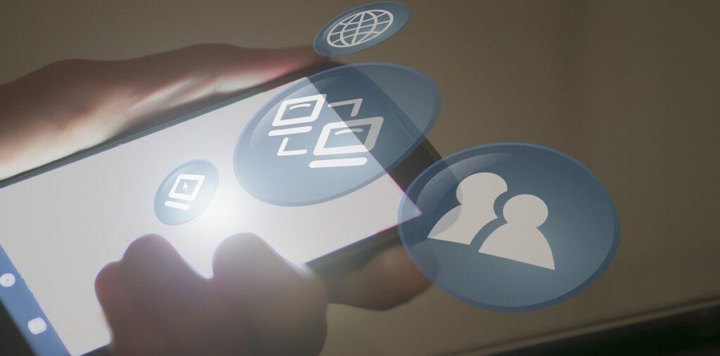 apps espías, spyware, detectar apps espías, desinstalar apps espías, aplicaciones